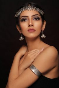 makeup workshop for confidence - Makeup workshop for confidence wakad 200x300 - Makeup workshop for confidence